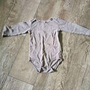 3/$12 Carter's onesie size 24 m